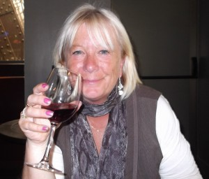 About (Find out all about me!)  My name is Roz but lots call me Rosie.  Welcome to Rosies Home Kitchen.  I moved from the UK to France in 2005, gave up my business and with my husband, Paul, and two sons converted a small cottage in rural Brittany to our home   Half Acre Farm.  It was here after years of ready meals and take aways in the UK I realised that I could cook. Paul also learned he could grow vegetables and plant fruit trees; we also keep our own poultry for meat and eggs. Shortly after finishing the work on our house we was featured in a magazine called Breton and since then Ive been featured in a few magazines for my food.  My two sons now have their own families but live near by and Im now the proud grandmother of two little boys. Both of my daughter in laws are both great cooks.  My cooking is home cooking, but often with a French twist, my videos are not there to impress but inspire, So many people say that they cant cook, but we all can, you just got to give it a go.